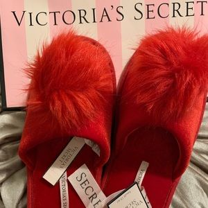 Brand NWT Victoria's Secret Red Slippers